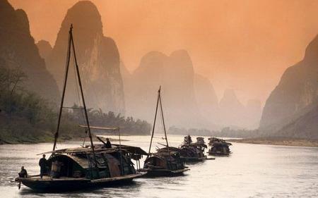 含:沈阳-北海往返机票;北海-桂林往返动车;当地旅游巴士租车费;当地
